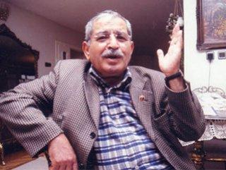 Photo of Aşık Mahzuni Şerif kimdir