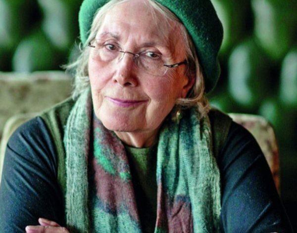 Photo of Adalet Ağaoğlu kimdir